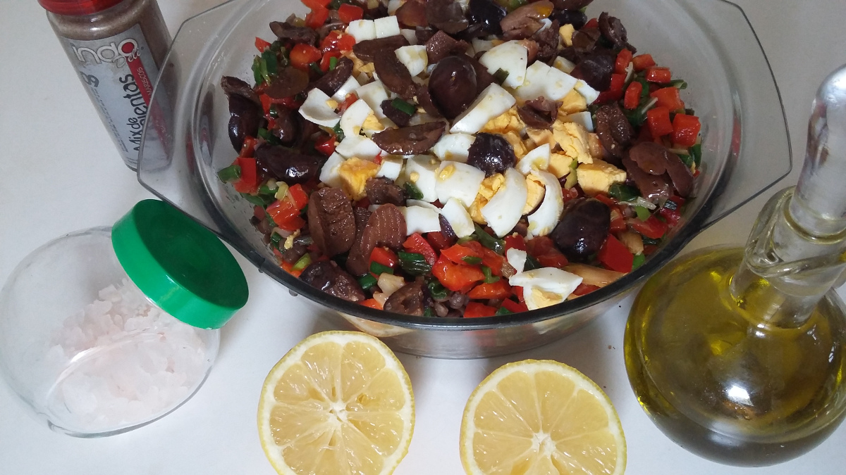 Ensalada griega condimentada