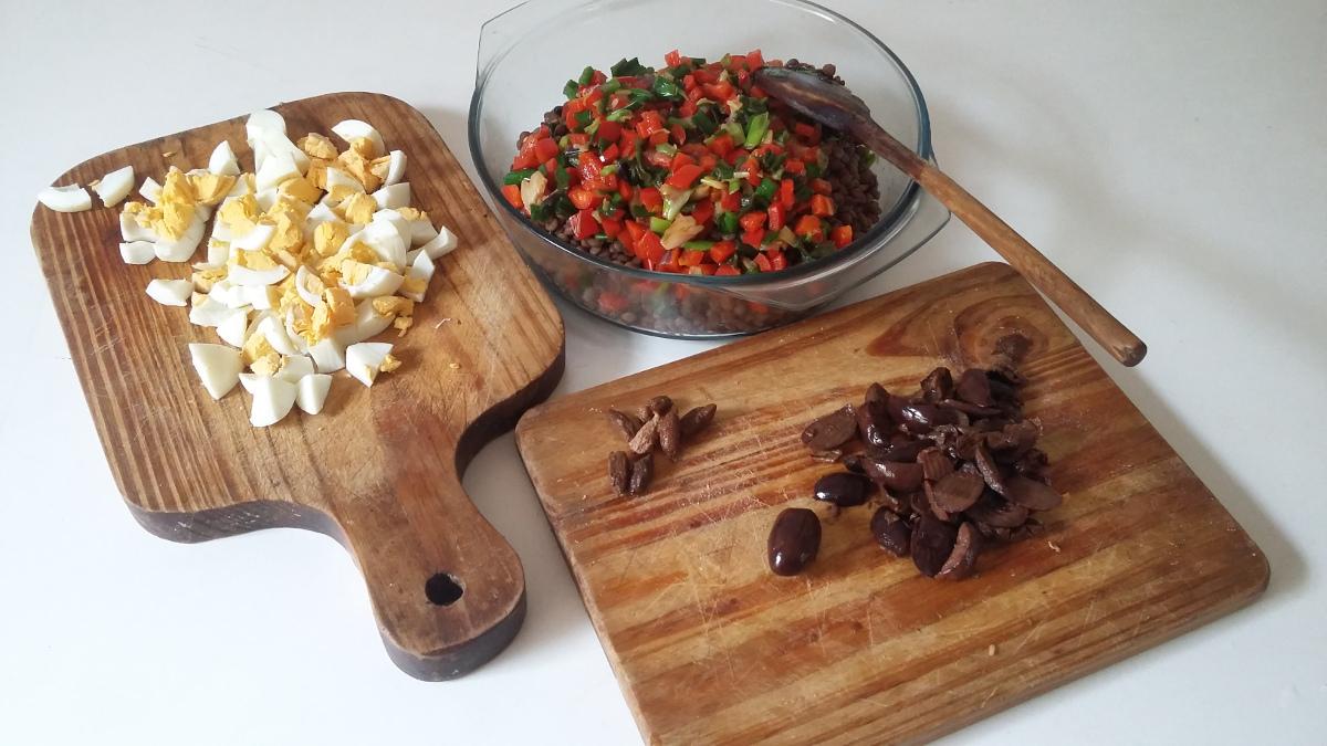 Preparacion de la ensalada griega